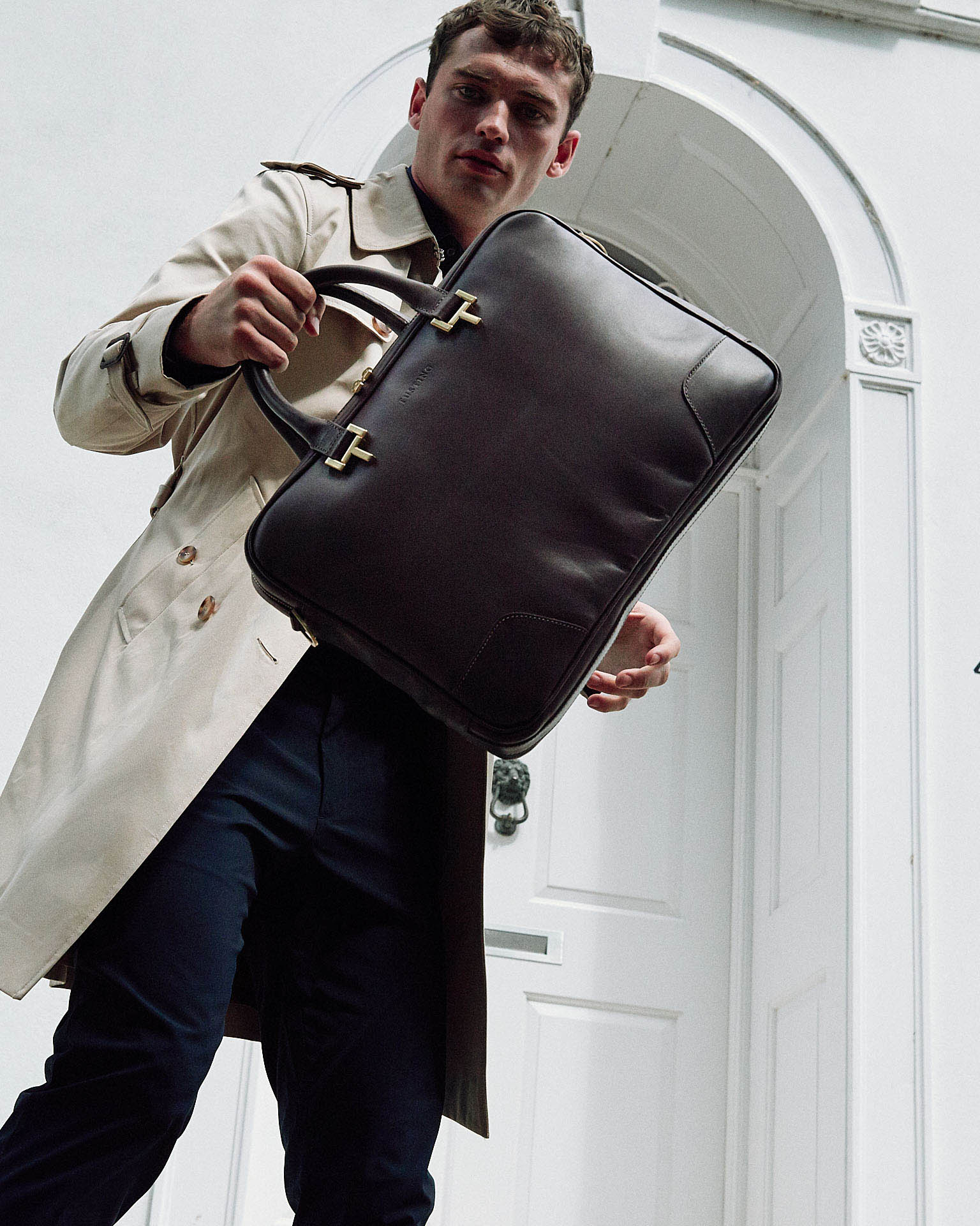 Lifestyle photographer Tim Cole shoots leather briefcase